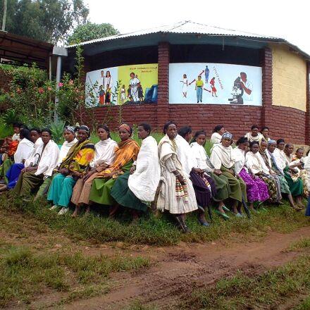 training, program, Ethiopia, family, Sony DSC-P32