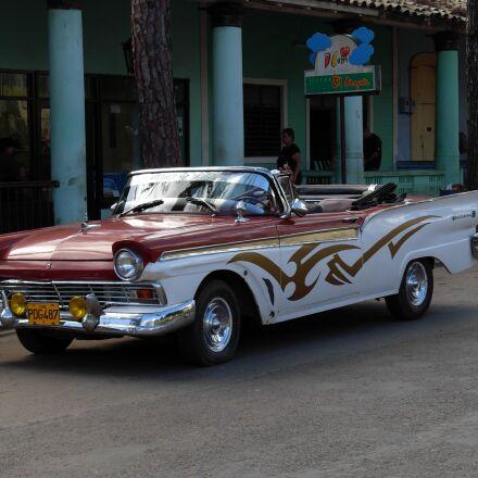 car, old, antique car, Nikon COOLPIX L5
