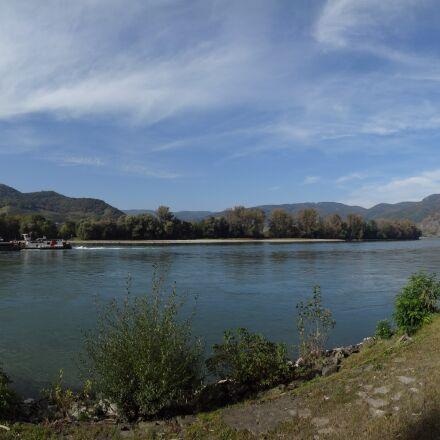 river, danube, austria, Sony DSC-WX300