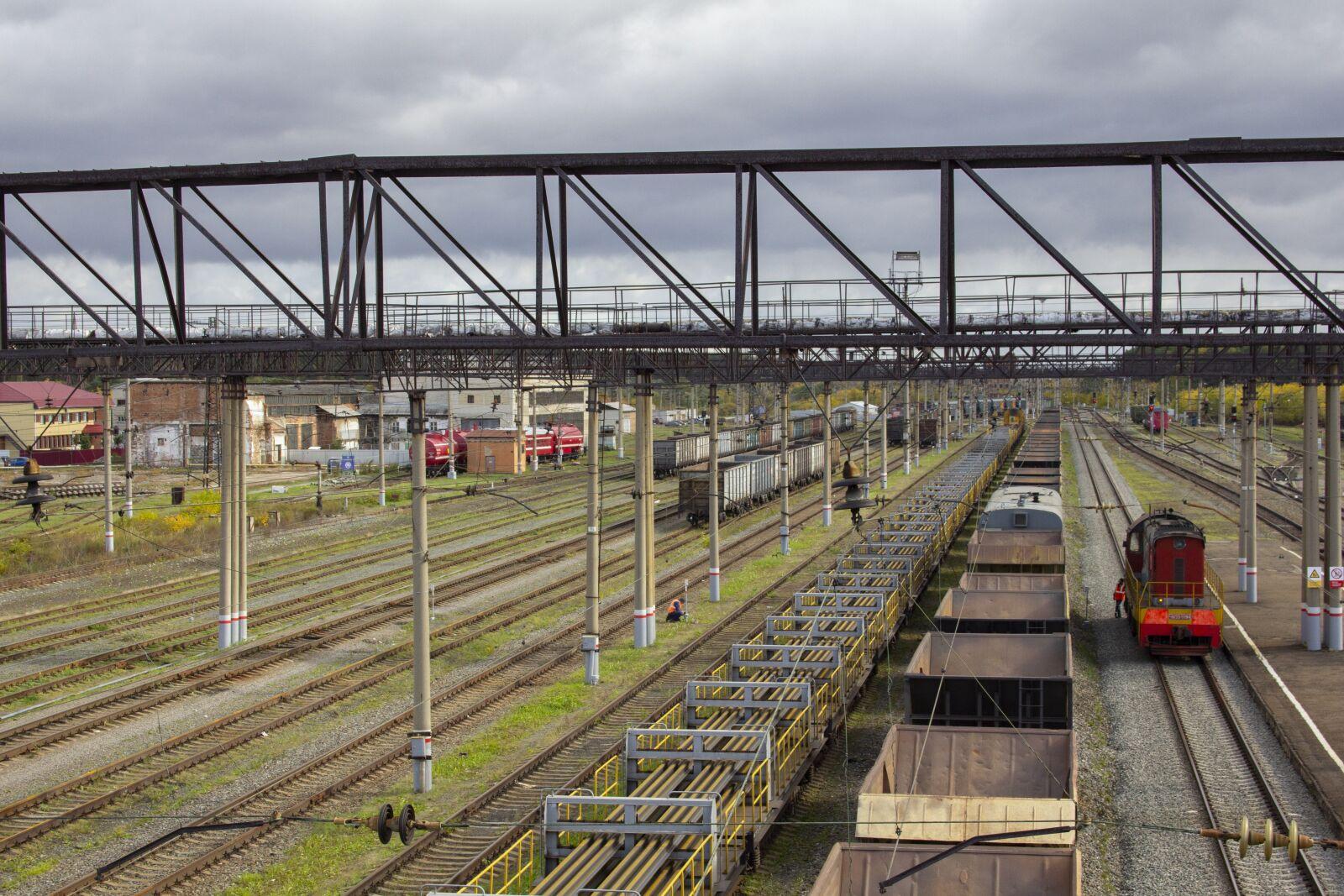 "Canon EOS 60D sample photo. ""Rails, train, cargo"" photography"