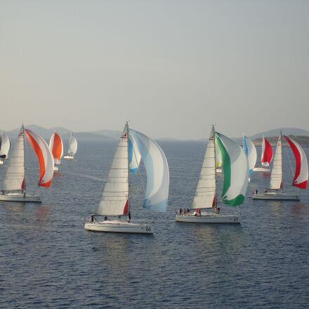 sea, ship, sailing vessel, Sony DSC-N1