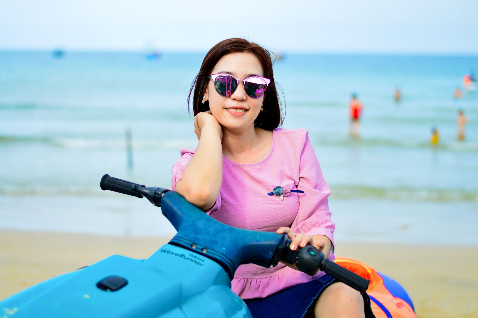 "Nikon D3200 sample photo. ""The sea, beautiful girl"" photography"