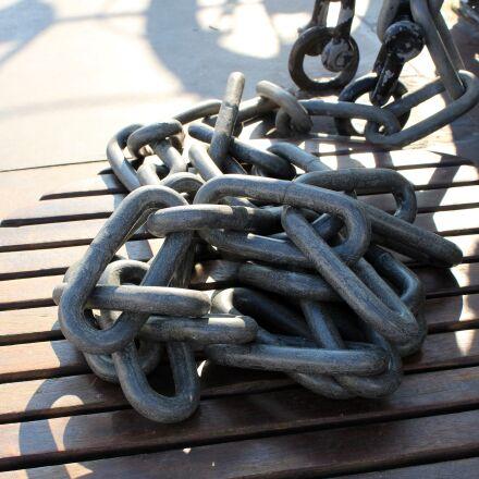 chains, ship, port, Canon EOS 1300D