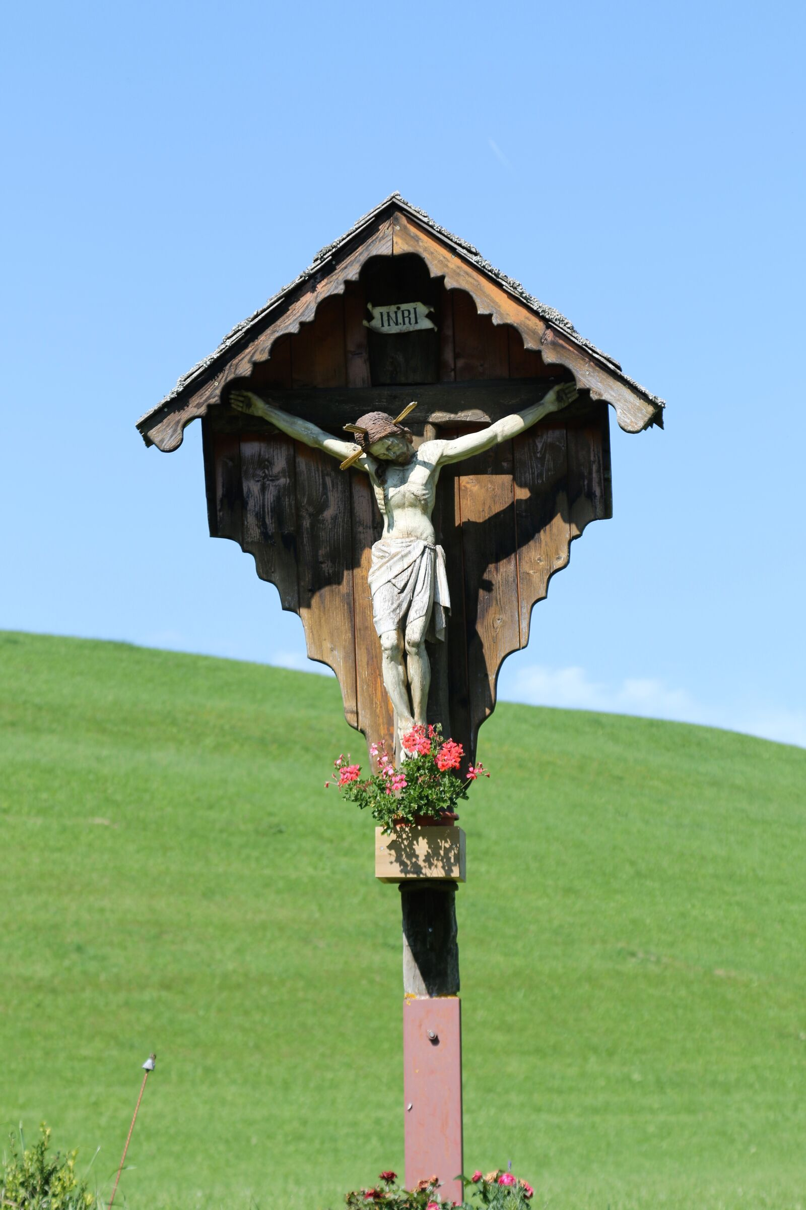 "Canon EOS 70D sample photo. ""Wayside cross, wooden cross"" photography"