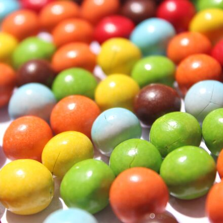 candy, nuts, chocolate, Canon EOS 600D
