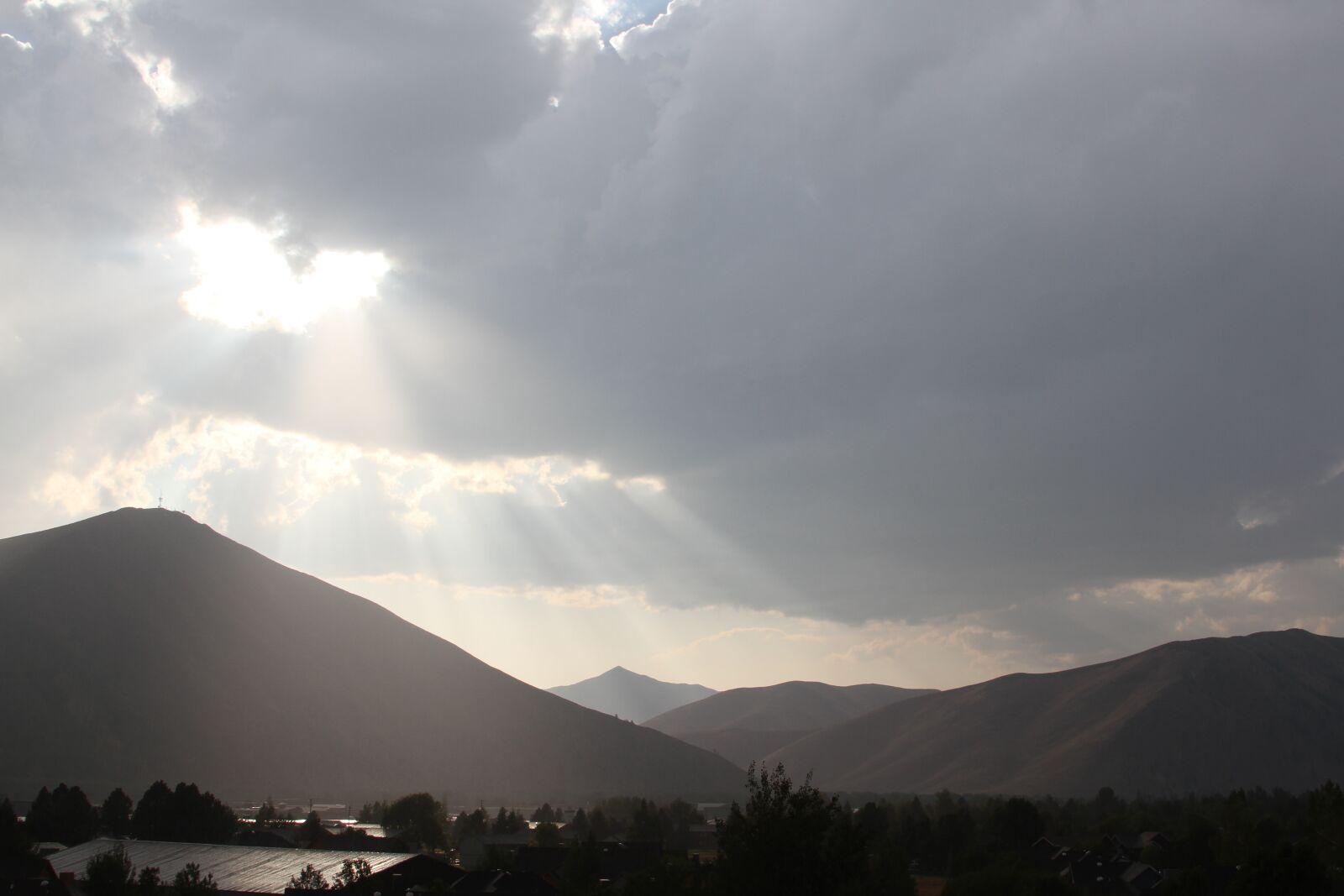 """Canon EOS 7D sample photo. """"Sun rays, sun beams"""" photography"""