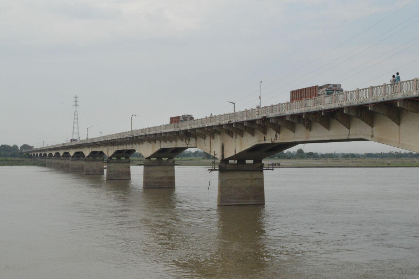 "Nikon D3200 sample photo. ""Riverbank, riverside"" photography"