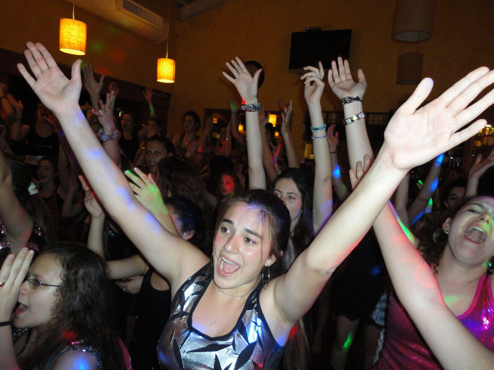 "Sony DSC-W350 sample photo. ""Parties, argentine, miami"" photography"