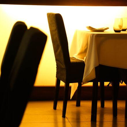 beige, table, cloth, beside, Canon EOS 5D MARK III