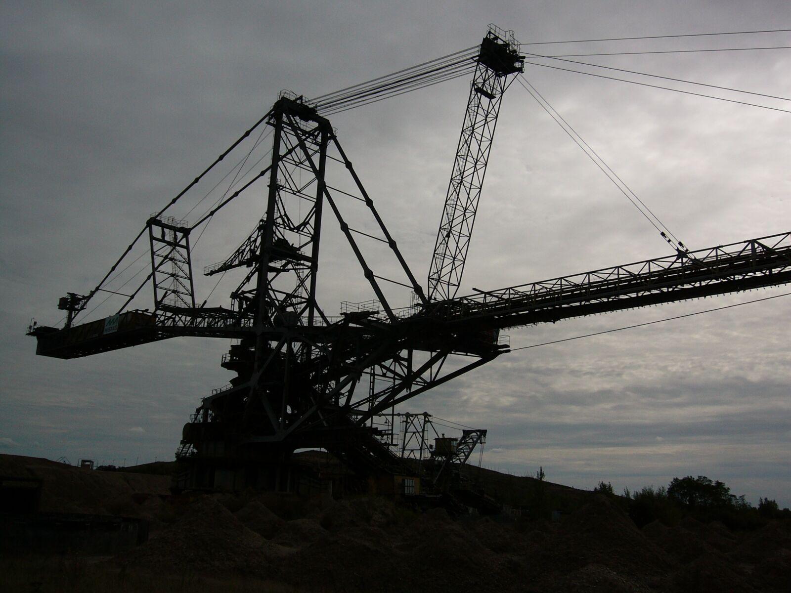 open pit mining, excavators