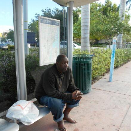 homeless, man, Nikon COOLPIX L28