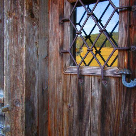 door, fitting, building, Canon IXUS 155