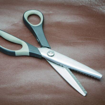 scissors, leather, schneider, Sony ILCE-7SM2