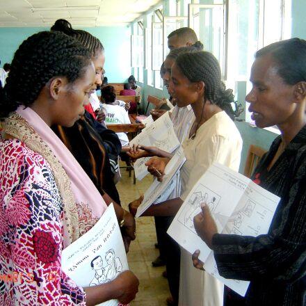 volunteer, workers, Ethiopia, explains, Sony DSC-P73