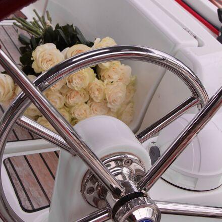 white, roses, bouquet, Canon EOS 60D