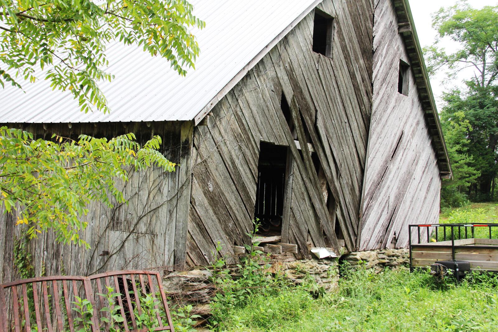 "Canon EOS 60D sample photo. ""Barn, boards, crooked, farm"" photography"