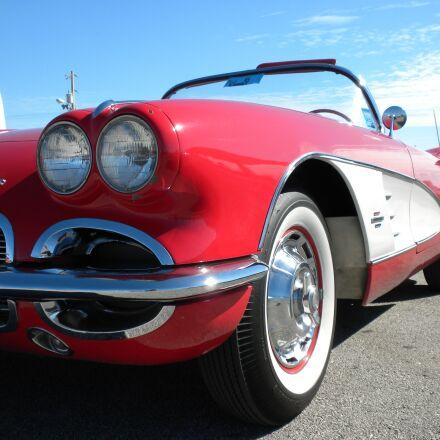 red, corvette, chevrolet, Nikon COOLPIX S630