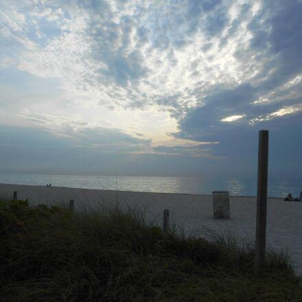 at, the, beach, Nikon COOLPIX L28