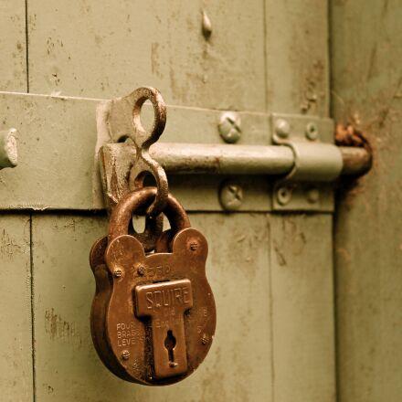 bolt, padlock, door, Canon EOS 1100D