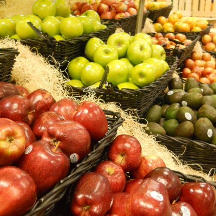 grocery, store, fruit, Nikon COOLPIX L24