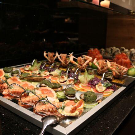 buffet, fish, shrimp, Canon EOS 750D