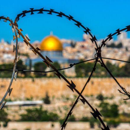 barbed wire, jerusalem, holy, Panasonic DMC-GH4