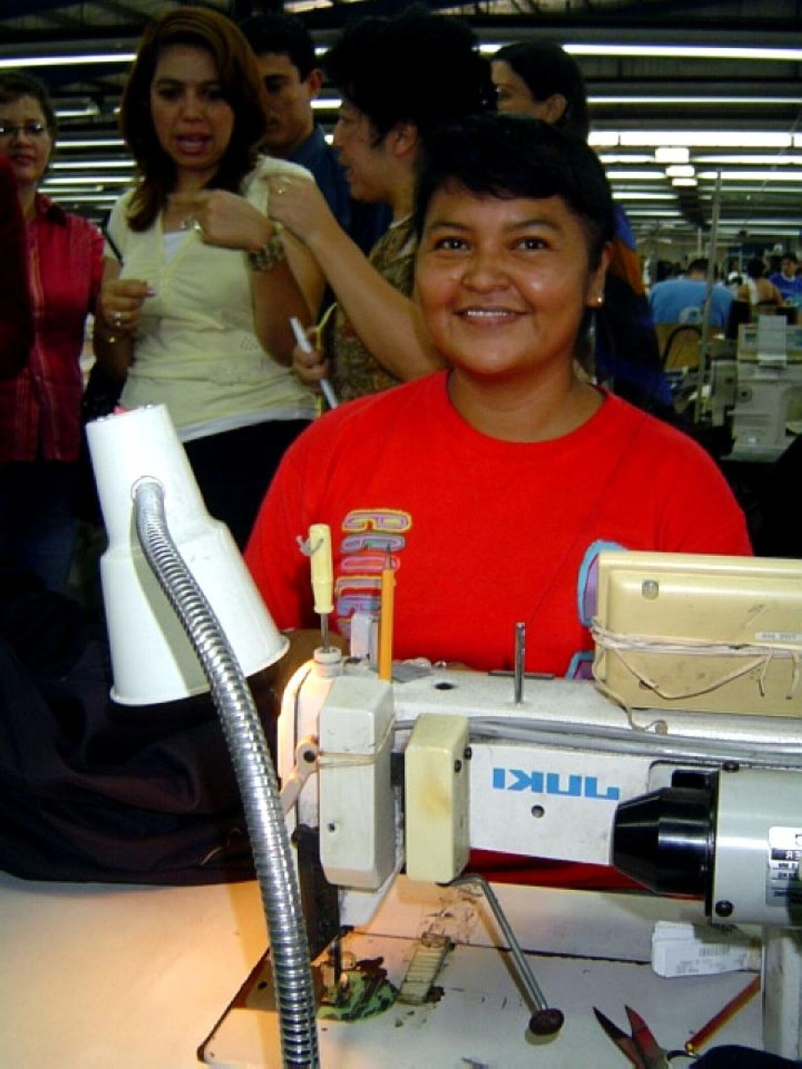 """Sony DSC-P72 sample photo. """"Worker, woman, nicaragua, workplace"""" photography"""
