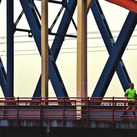runner, bridge, crosses, Panasonic DMC-TZ37