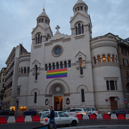 church, italy, lgbt, Pentax K-50