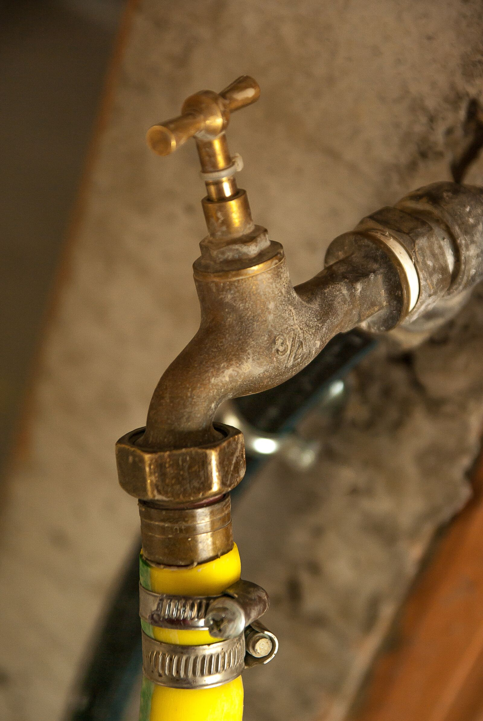 """Pentax K10D sample photo. """"Plumbing, faucet, hose"""" photography"""