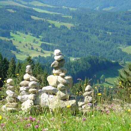 cairn, signpost, stone sculpture, Sony DSC-P10