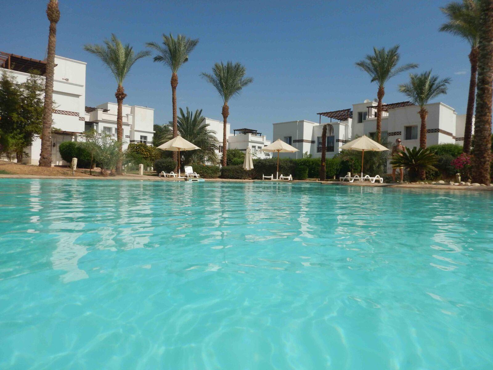 "Nikon Coolpix AW120 sample photo. ""Pool, vacation, resort"" photography"