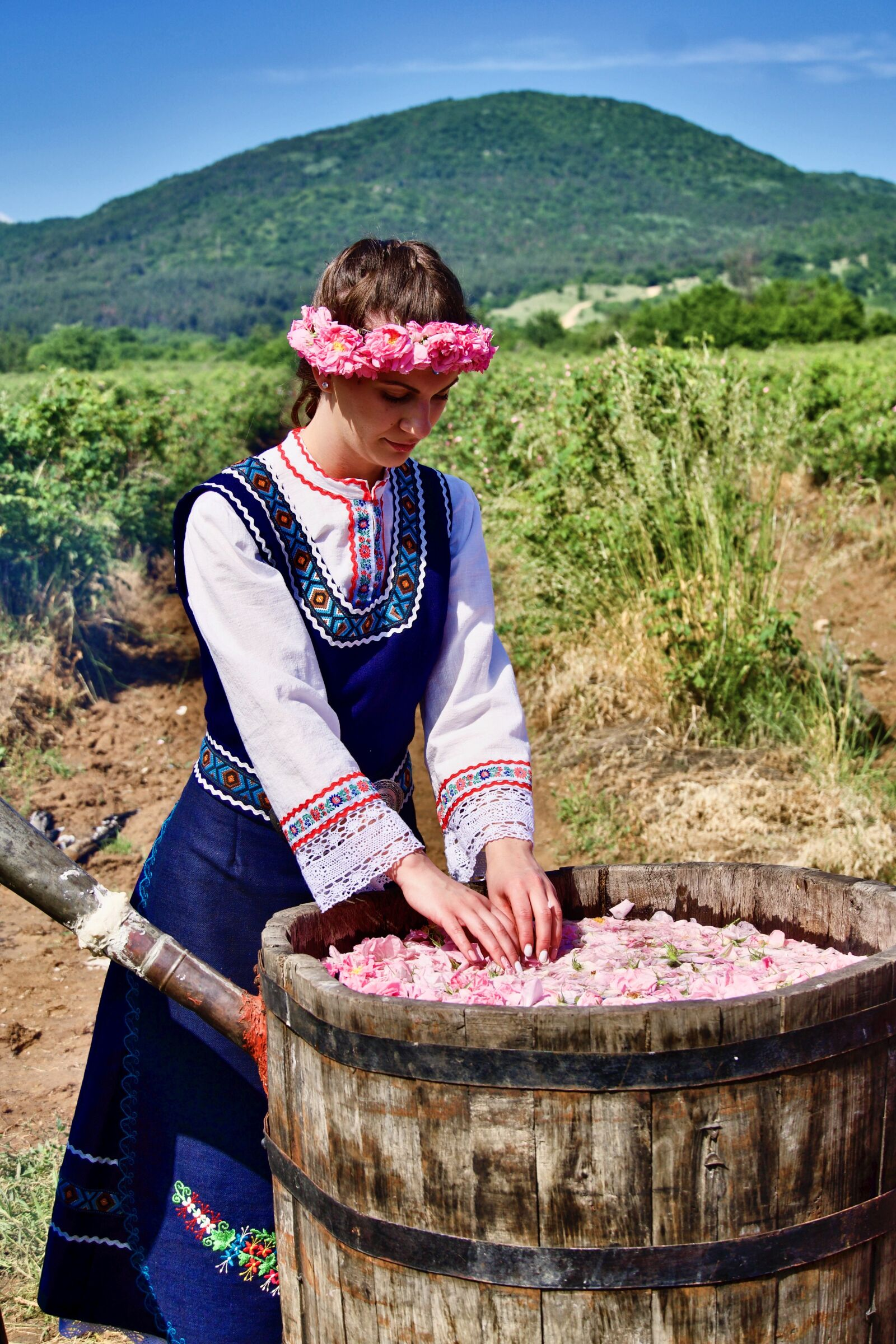 "Sony a6500 sample photo. ""Costume, bulgaria, festival"" photography"