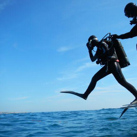 sub, diving, scuba, Nikon COOLPIX AW100