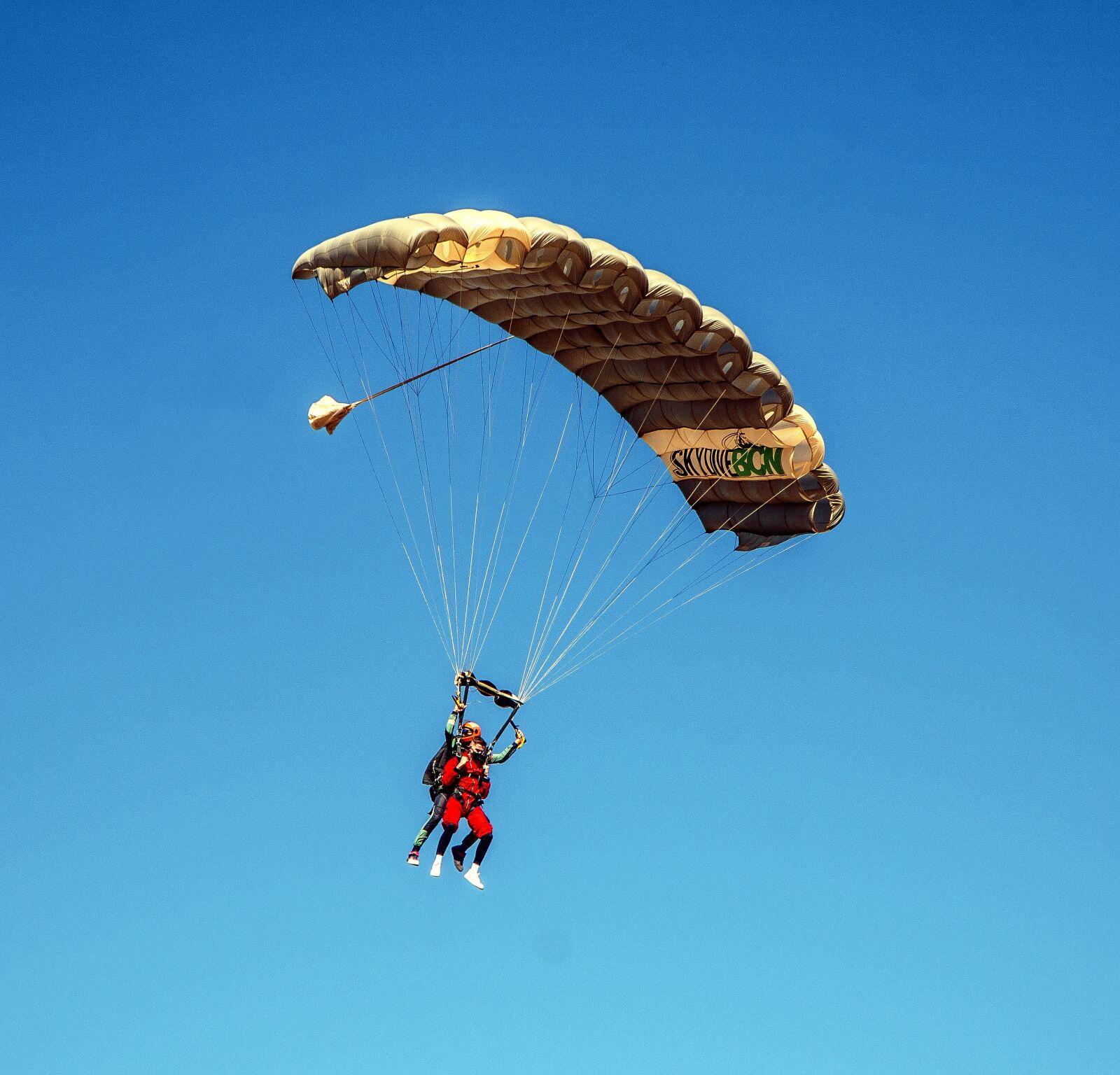 """Sony a6000 sample photo. """"Parachute, jump, sky"""" photography"""