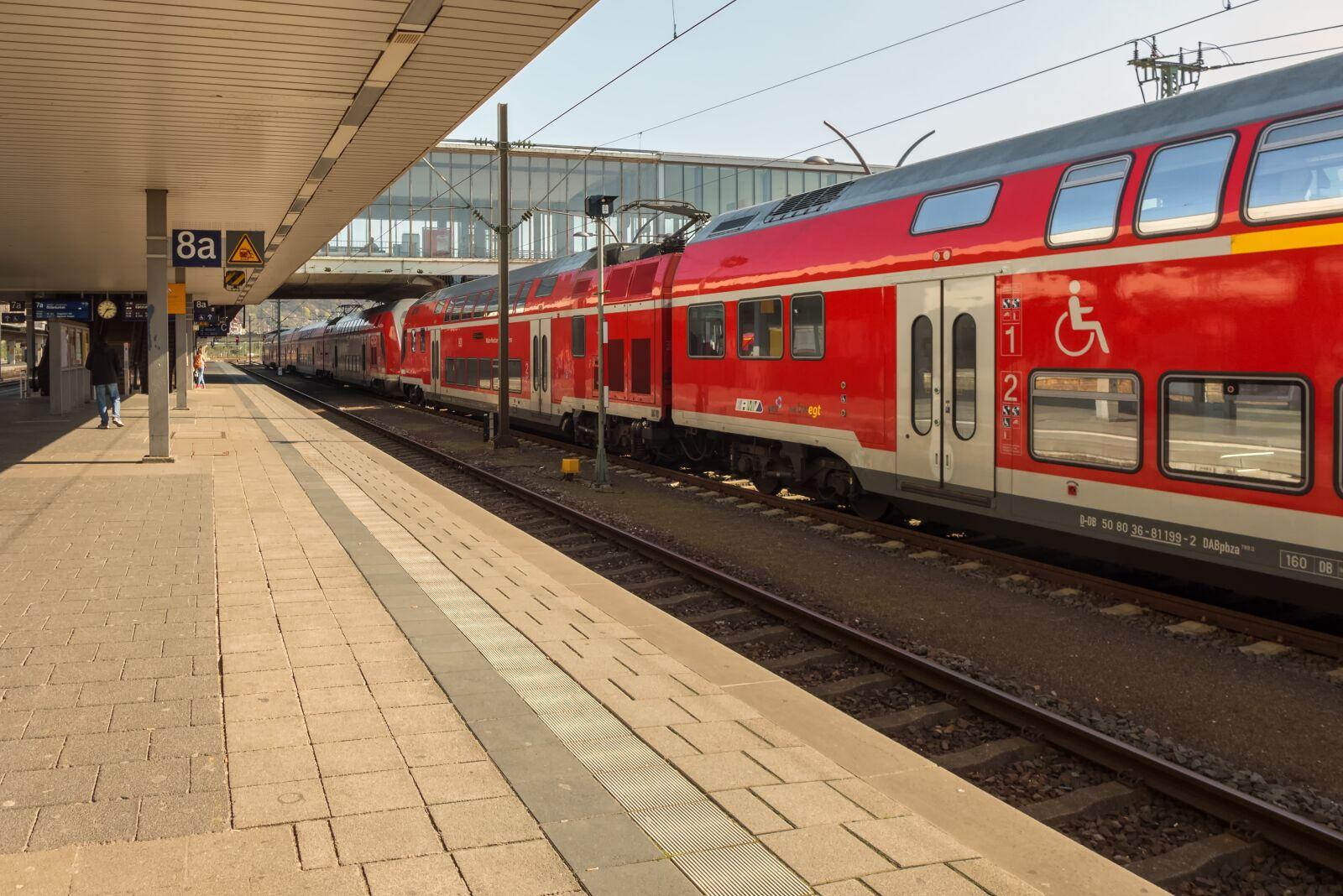 train, railway station, platform