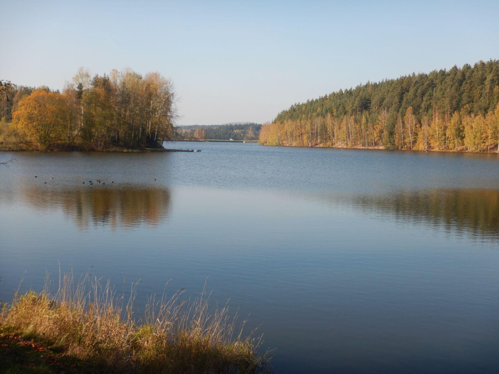 "Nikon Coolpix AW120 sample photo. ""Water, lake, autumn"" photography"