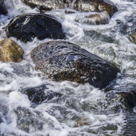 stones, water, moss, Samsung NX5