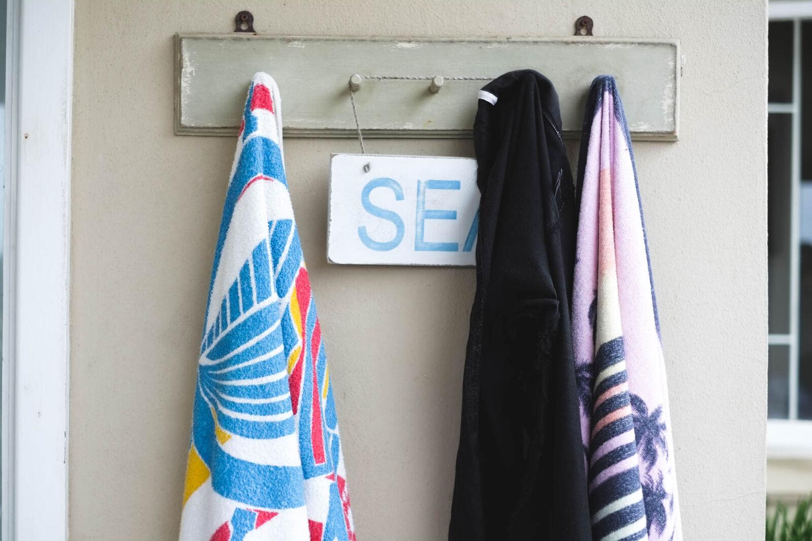 "Fujifilm X-Pro1 sample photo. ""Beach, house, seaside, towels"" photography"