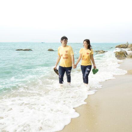 beach, couple, love, Sony ILCE-6000