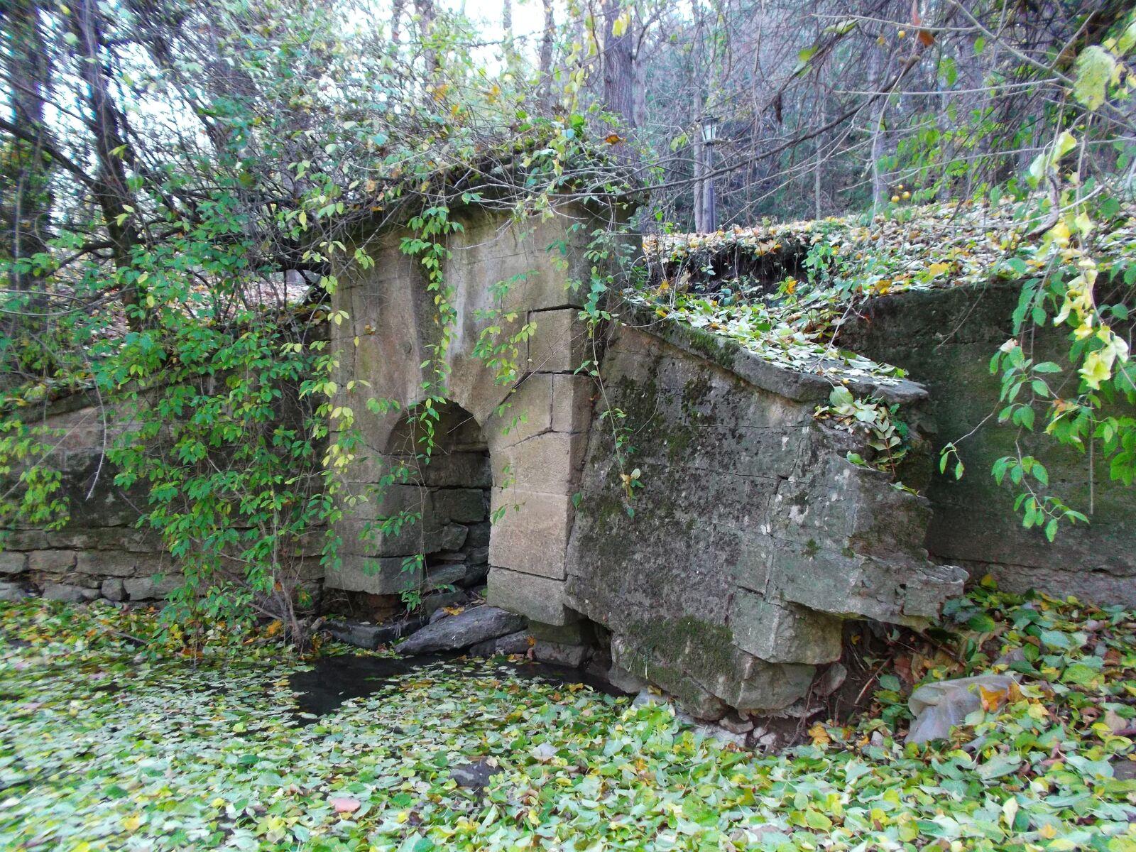 "Fujifilm FinePix JX520 sample photo. ""Viaduct, autumn, nature"" photography"