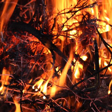 flames, fire, burning, Canon EOS 100D
