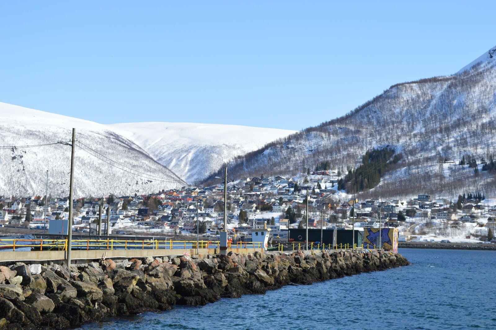 "Nikon D3200 sample photo. ""Water, sea, bridge"" photography"