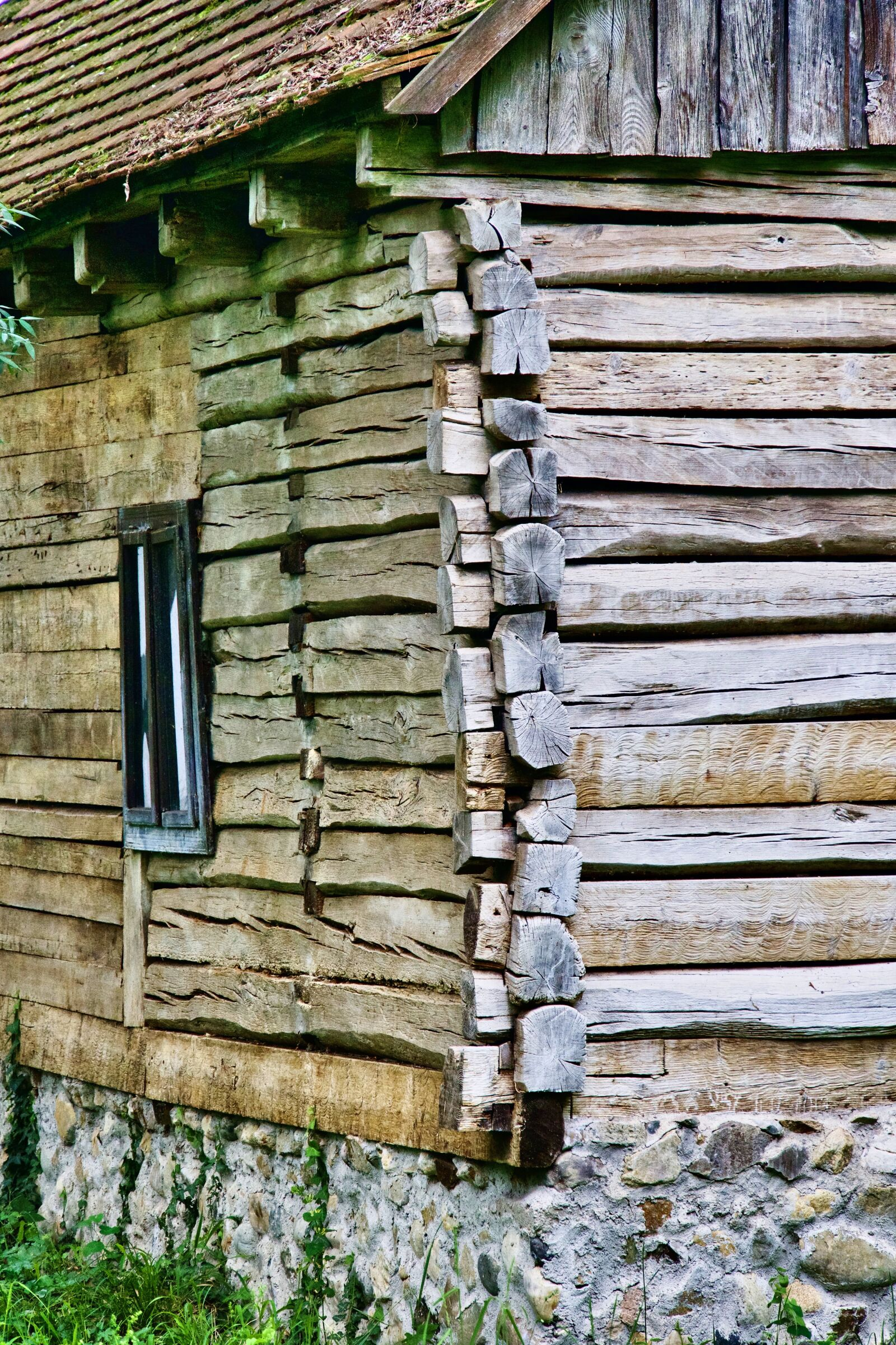 "Sony a6500 sample photo. ""Cabin, log, construction"" photography"