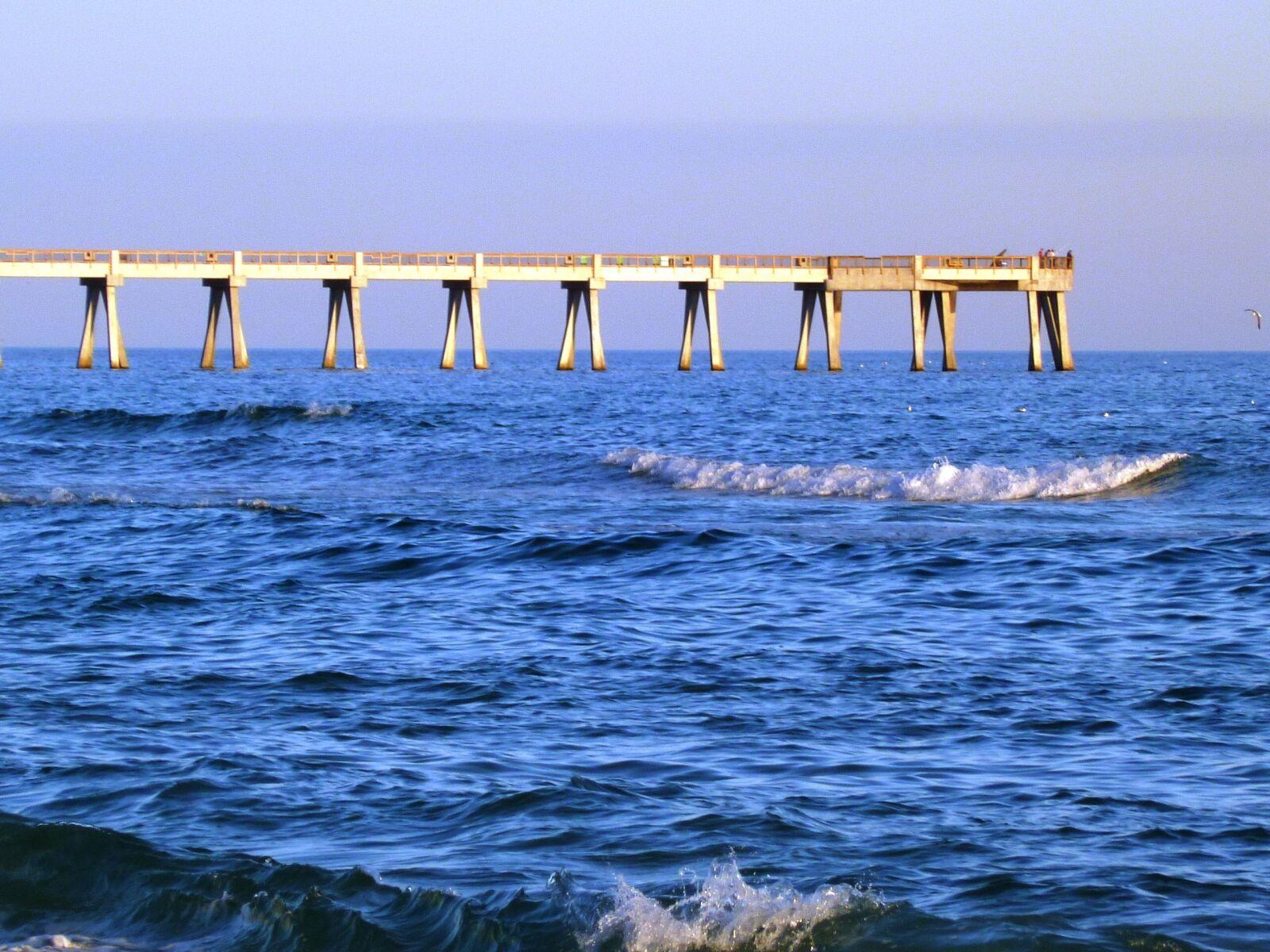 "Panasonic DMC-FH20 sample photo. ""Pier, ocean, sea"" photography"