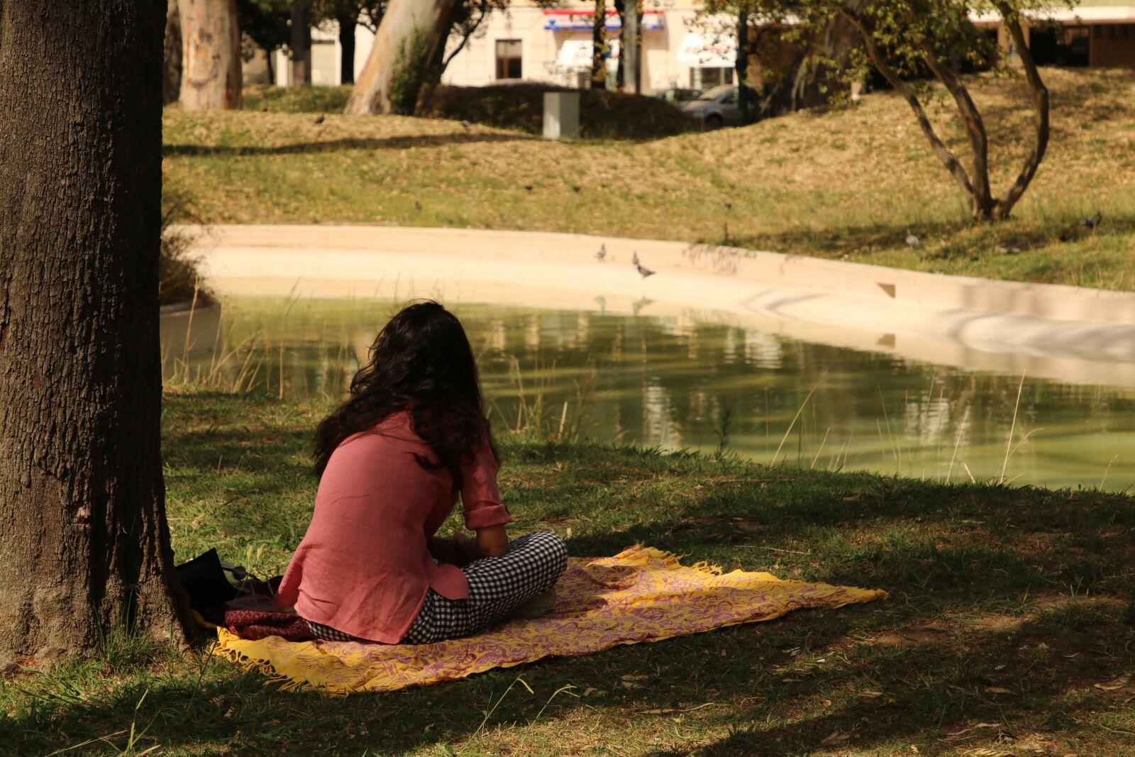 "Canon EOS 70D sample photo. ""Woman, picnic, park"" photography"