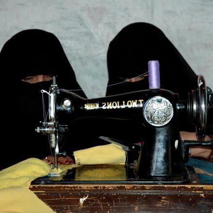 women, sewing machine, useful, Nikon D70S