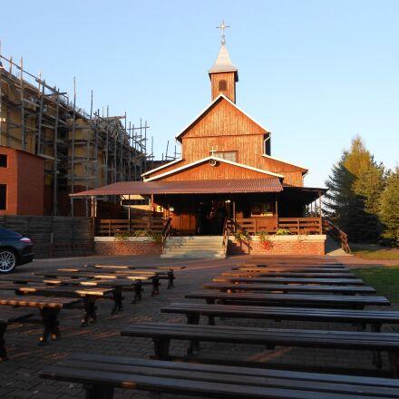 deblin, the sanctuary, church, Nikon COOLPIX S2600