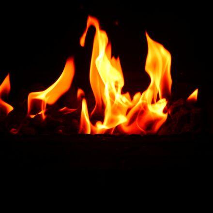 fire, comfort, family, Nikon COOLPIX L830
