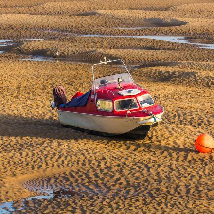 ship, low tide, sea, Canon EOS 60D